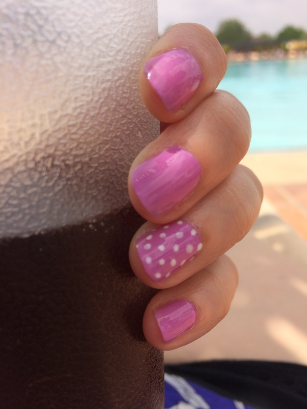 Polka Dot Nails 2