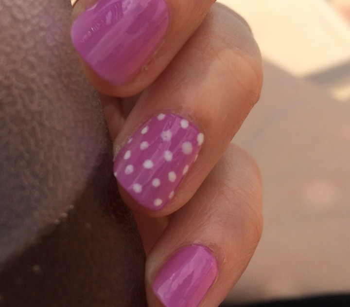Polka Dot Nails 3