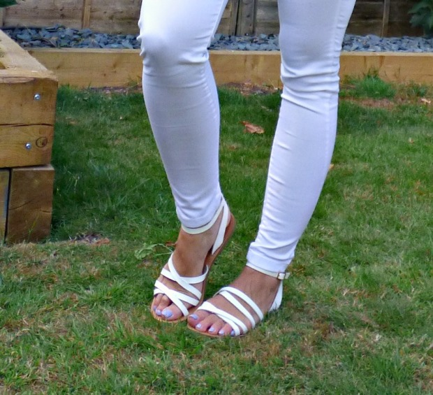 White Jeans 12